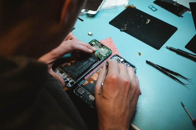 all phone repair centers close to you in Nigeria